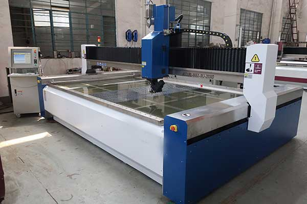 آشنایی با دستگاه برش سنگ CNC