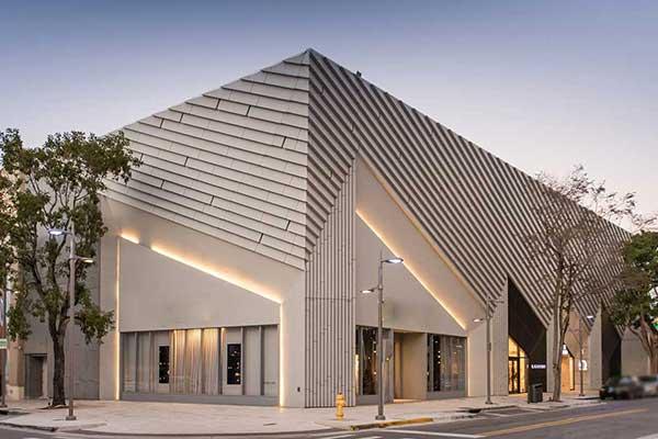 استفاده از سنگ ساختمانی در طراحی و ساخت ساختمان های اداری و تجاری